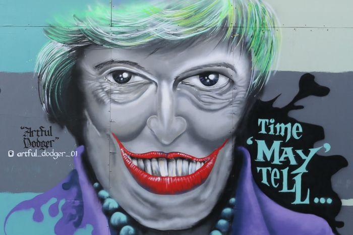 theresa_may_graffiti_art_herne_hill